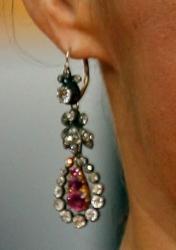 Julia Louise-Dreyfus earrings